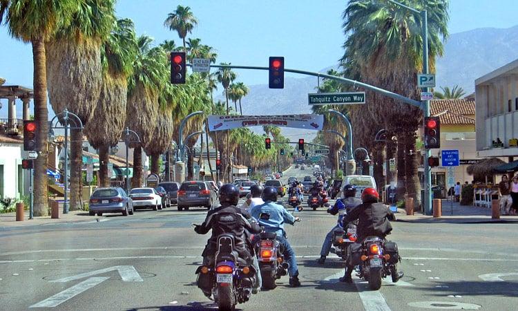 Fahrt durch Palm Springs