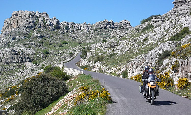 Kurven Andalusiens Berge