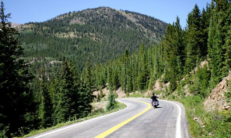 Wir genießen die schönen Bergstrecken