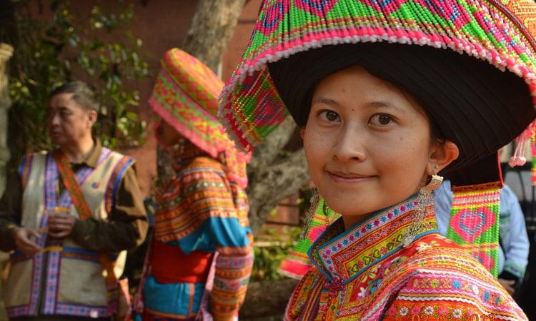 Thai Frau in Tracht