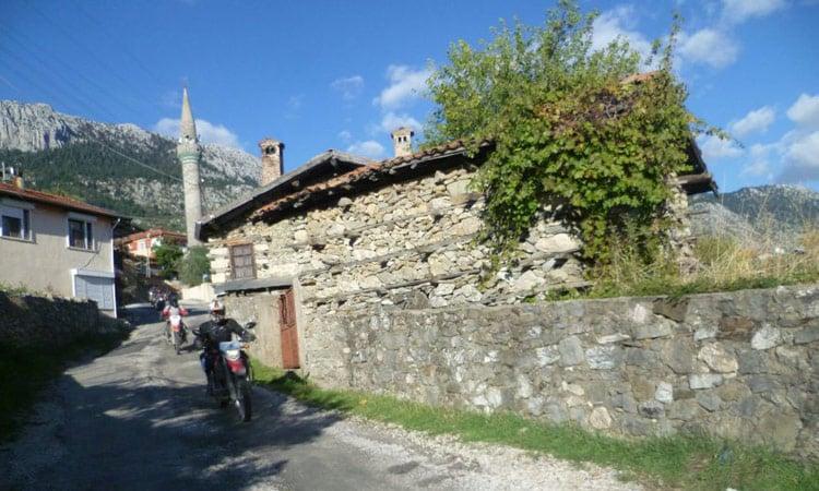 Ein kleines Bergdorf