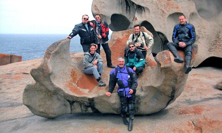 Gruppenbild am bizzaren Felsen auf Kangaroo Island