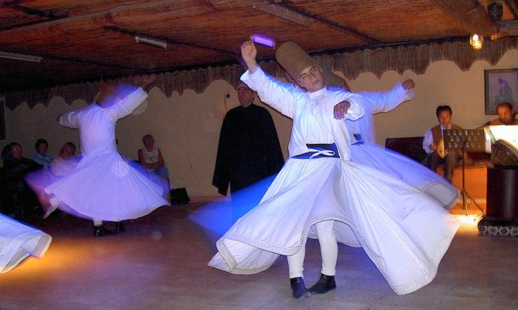 Tanzender Derwisch in Konya