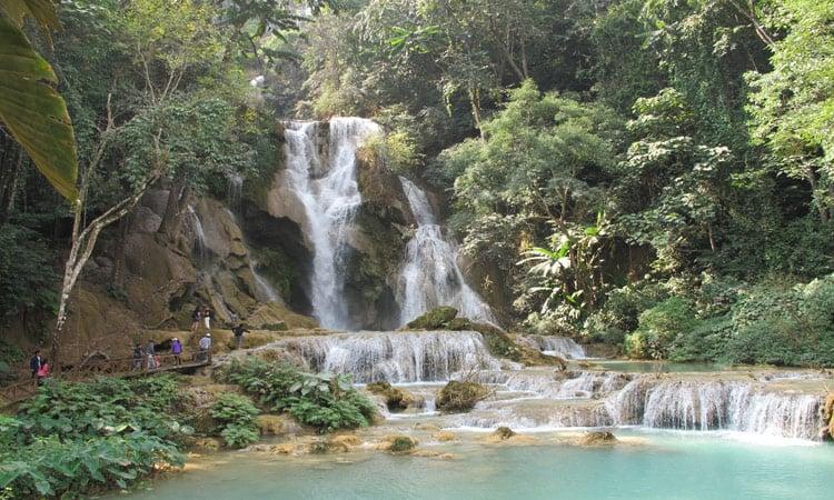 Der Wasserfall lädt zum Baden ein
