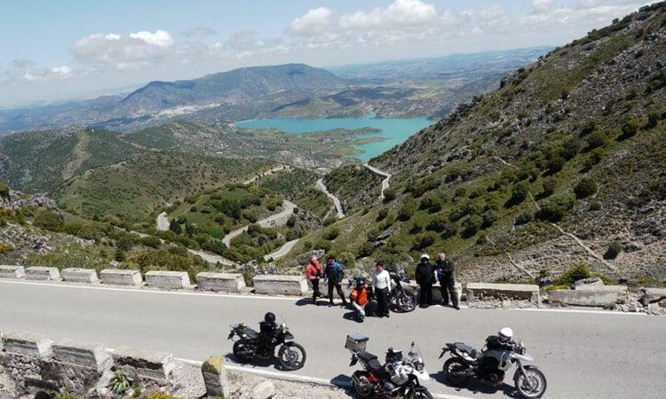 Die Berge bieten uns einen einmaligen Ausblick