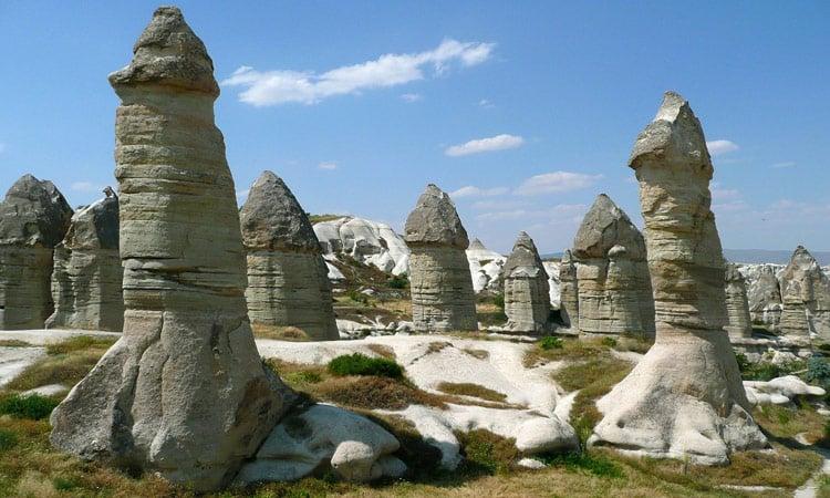 Diese Felsen sind von der Natur geschaffen, kaum zu glauben