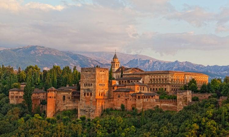 Die Alhambra in der Abendsonne