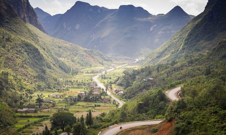 Bergstrasse im Norden