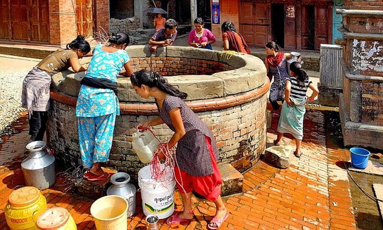 Ein öffentlicher Brunnen in Bhaktapur