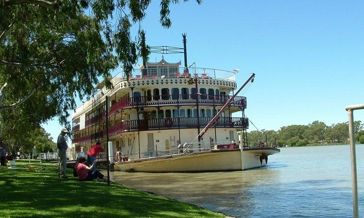 Schaufelraddampfer auf dem Murray Fluss