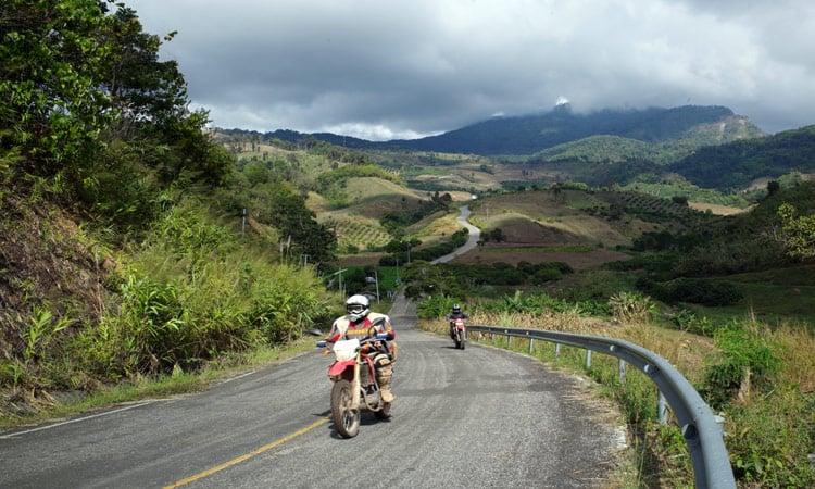 Laos Kurvige Landstraße