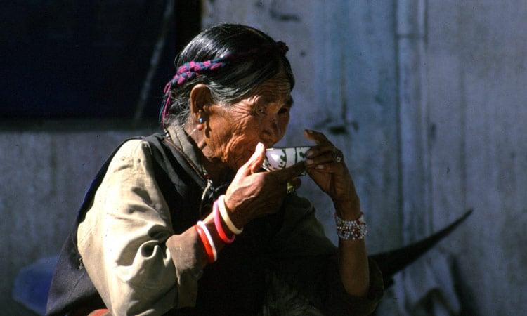 Alte Tibeterin