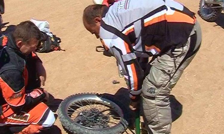 Reifenpannen werden in kürzester Zeit behoben