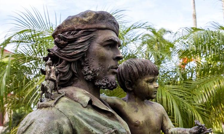Die Statue des Che Guevara in Santa Clara