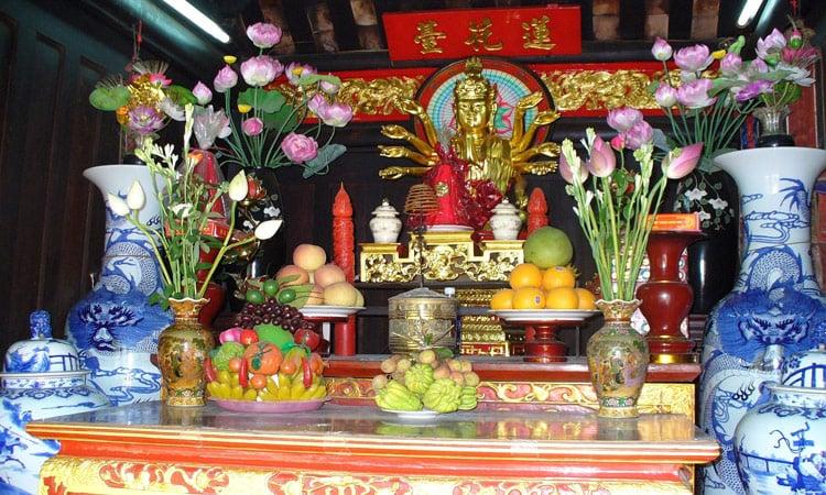 Altar Vietnam