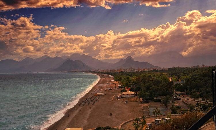 Sonnenuntergang am Strand von Antalya