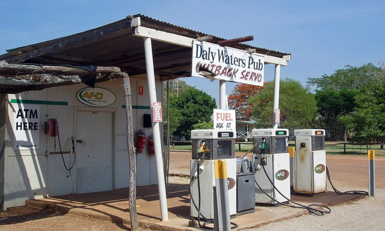 Die Tankstelle bei Daly Waters Pub