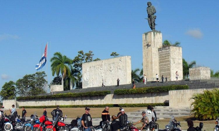 Der Besuch des Che Guevara Mausoleums ist ein Muss!