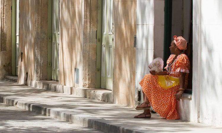 Eine schöne Lady in Havanna