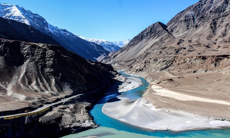 Hier treffen sich der Zanskar und der Indus Fluss