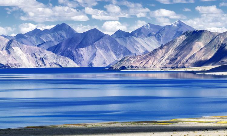 Blick auf den Pangong See