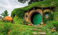 Hobbiton bekannt aus Herr der Ringe