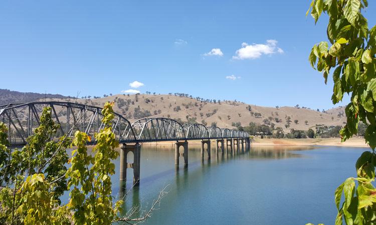 Brücke am Lake Hume