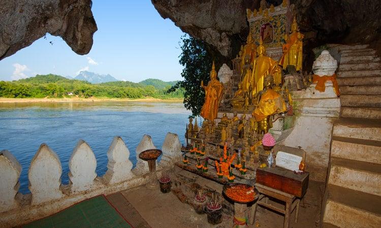 Die Pak Ou Höhle nahe Luang Prabang