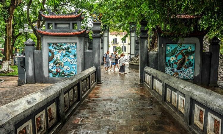 Hanoi Eingang zur Pagode