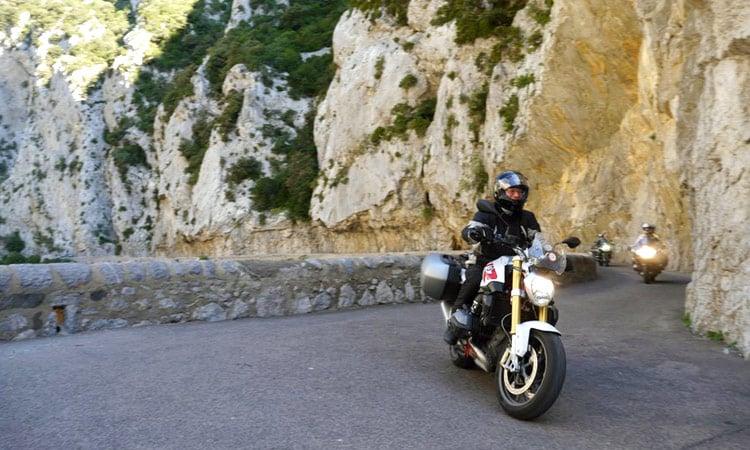 Enge Bergstrasse in den Pyrenäen