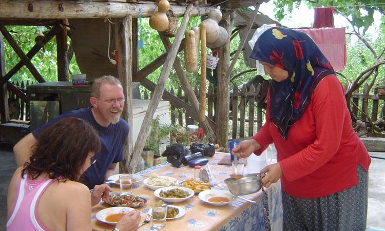 Essen bei den Bergbauern